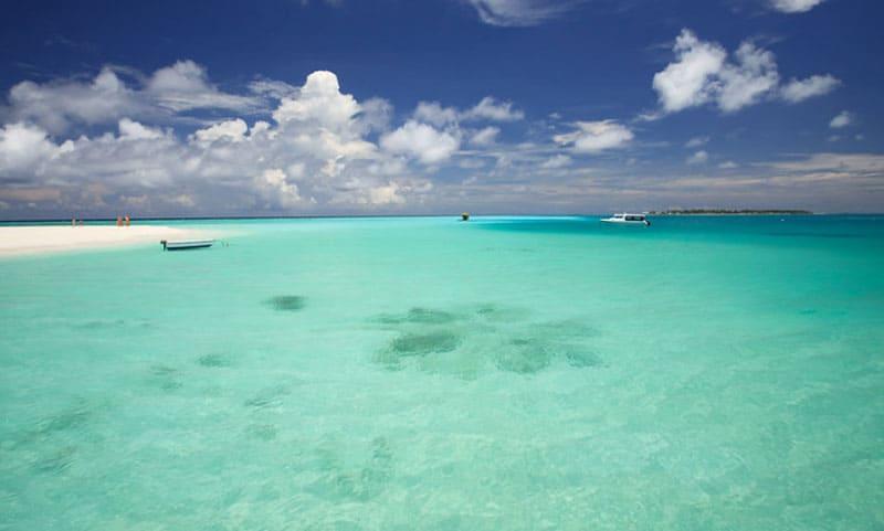 atolon sur de male maldivas