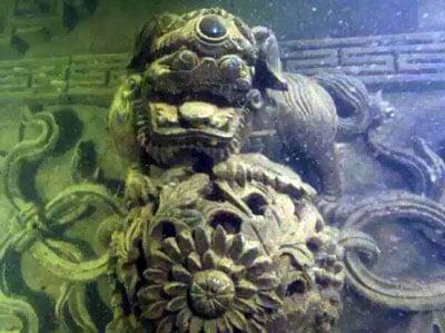 buceo ciudad sumergida shi cheng en China