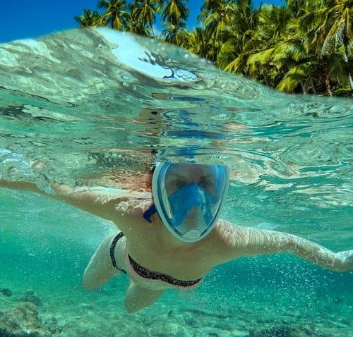snorkeling en playa