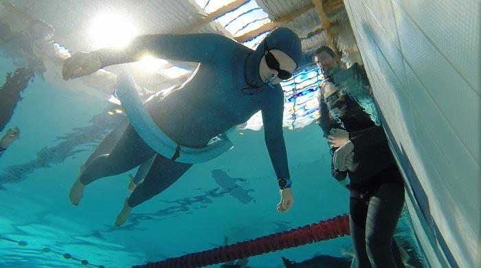 apnea estática piscina